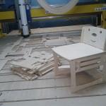 Производство детских стульчиков, процесс раскроя на фрезерном станке с ЧПУ закончен